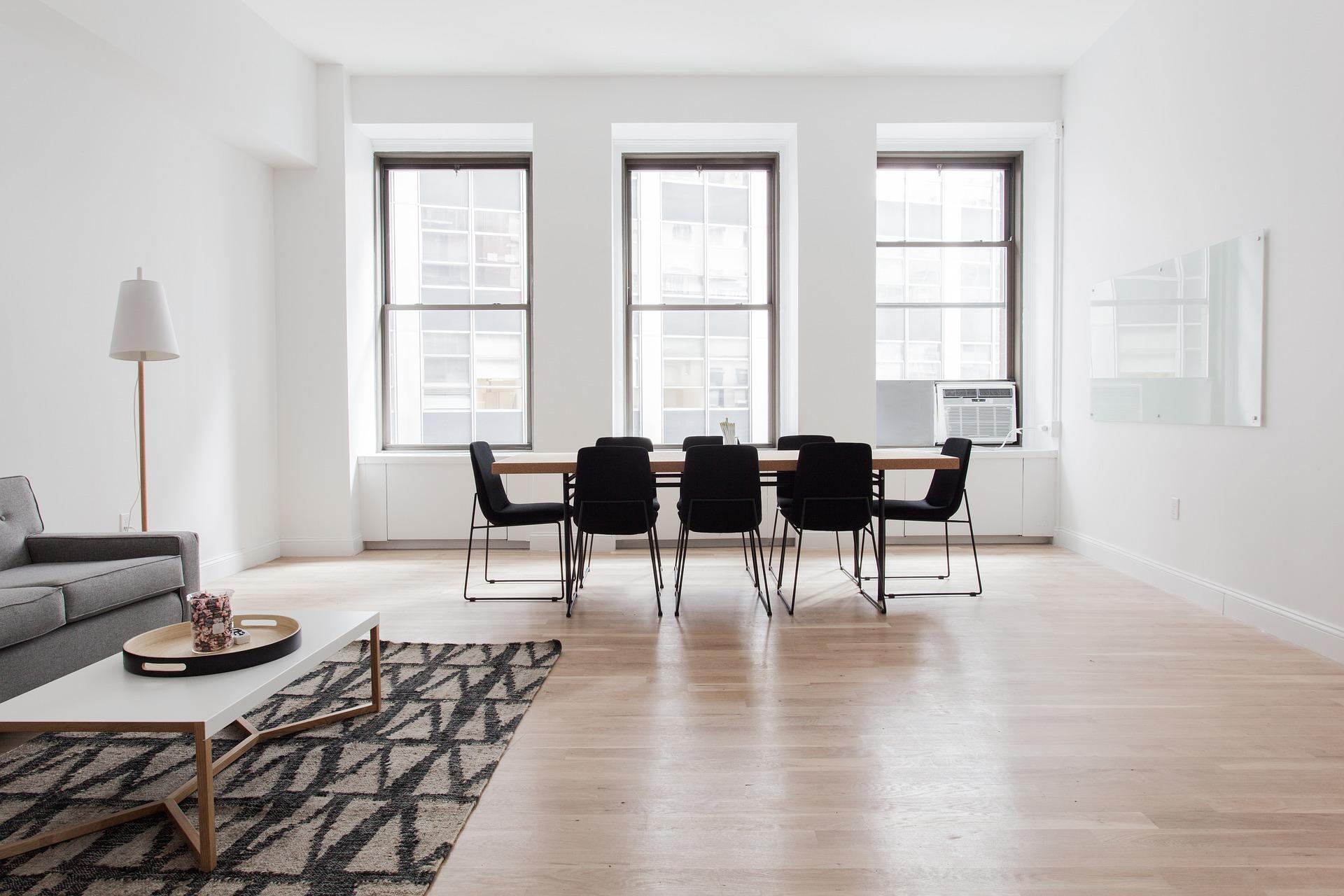 stoelen in woonkamer